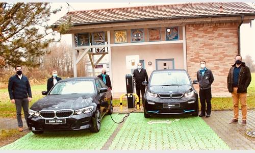 Foto der News BMW 330e Limousine als Schulungsfahrzeug für Freilassinger Berufsschule