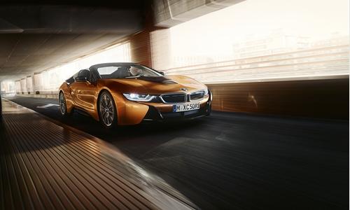 DIE ZUKUNFT IST JETZT. Der erste BMW i8 Roadster.