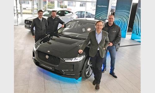 Foto der News Innsbrucker Autowelt Denzel-Unterberger elektrisierte 300 Jaguar Fans mit dem neuen I-Pace