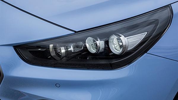 Voll-LED-Scheinwerfer