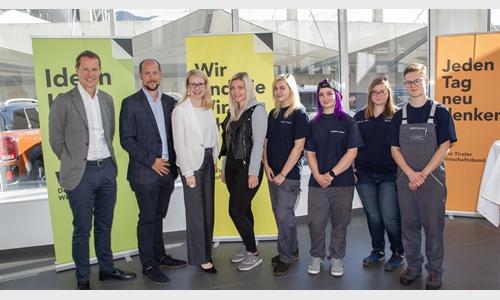 Foto der News Unterberger Girlsday mit BM Margarete Schramböck