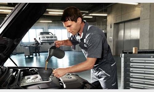 Foto des Serviceangebots -10% auf MOTORÖL bei BMW SERVICE vom 01.12. bis 31.12.2019.