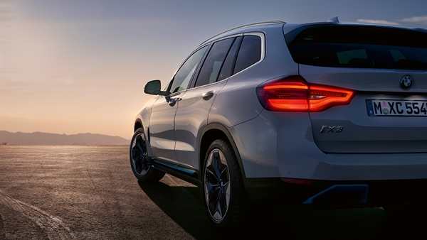 DAS DESIGN DES BMW iX3.
