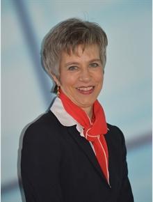 Claudia Holzer