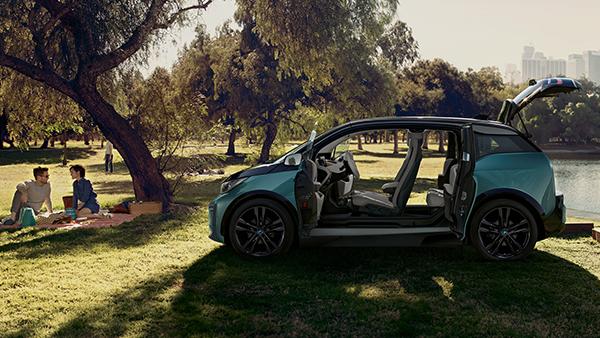 INTERIEUR DES BMW i3.