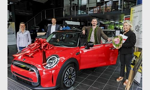 Foto der News MINI Gewinner bei der PS-Lotterie der Kreissparkasse Miesbach-Tegernsee