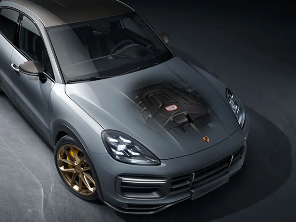 The 4.0-litre twin-turbo V8 engine demonstrates that an uncompromising will to succeed requires pure power.