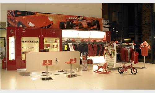 Foto des Zubehörangebots Ferrari Corner Eberlein Kassel